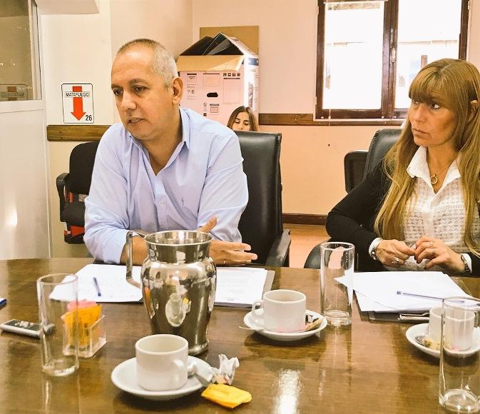 Villegas pide clarificar la situación del IPES y del Cent N° 11 y Cent N° 35