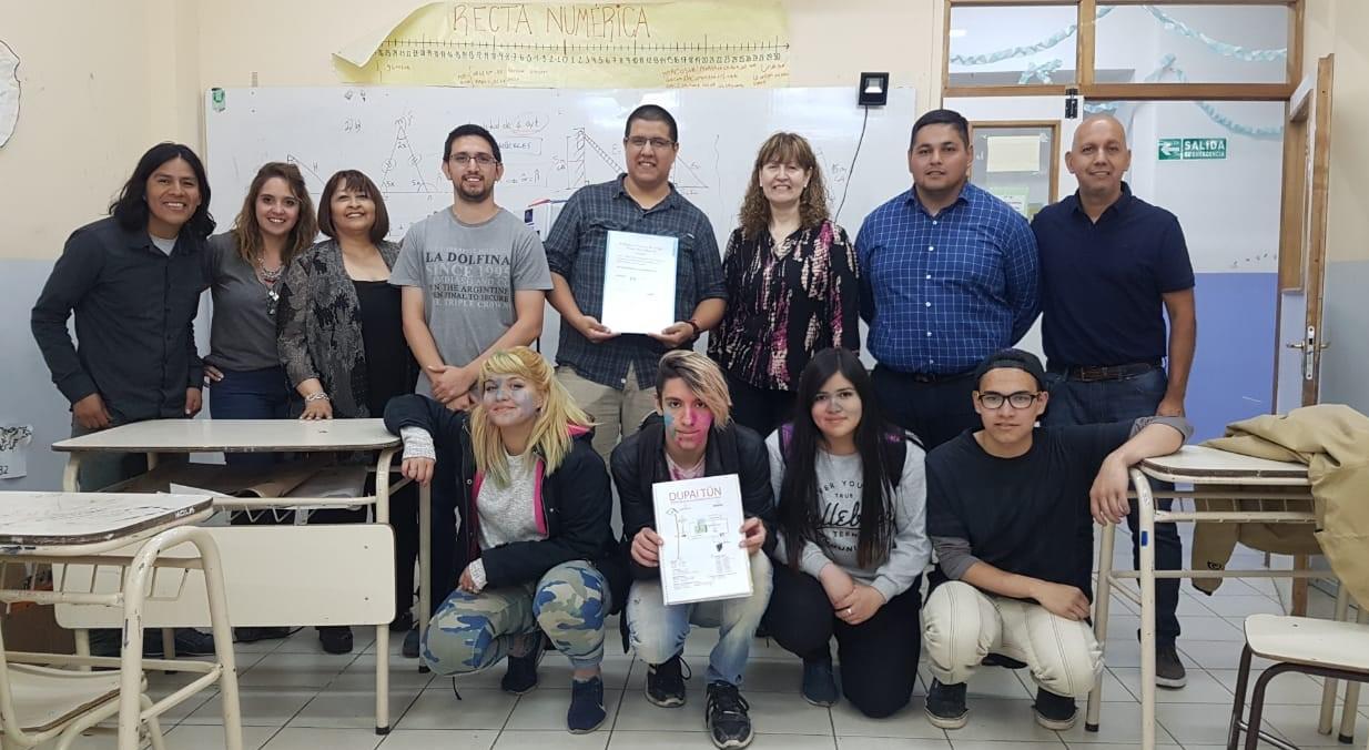 Urquiza y Villegas reconocieron a estudiantes del 6to año del Colegio Kloketen